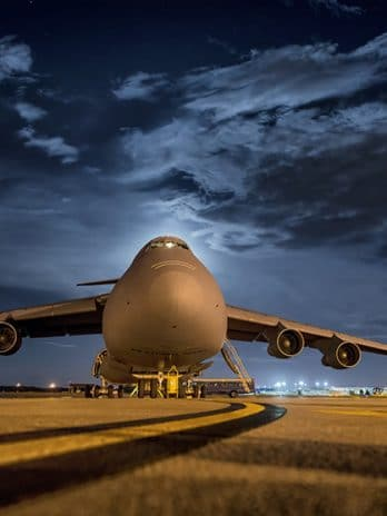 001.28 Vrachtvliegtuig