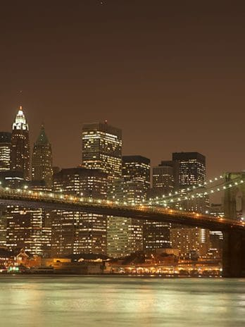 004.17 Manhattan bridge by night