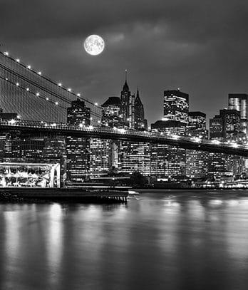 004.24 Skyline NY-city by night