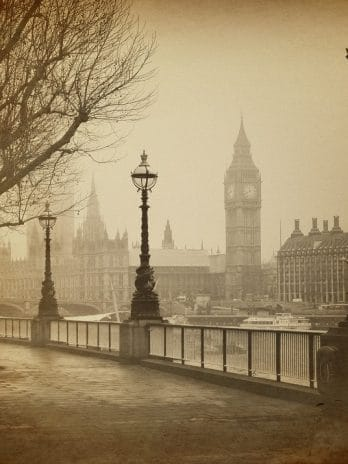 045.06 London, foggy Big Ben